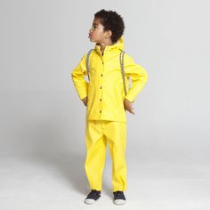 Bloesem Kids | Stylish rainwear from Gosoaky Kids Clothes Boys, Kids Boys, Little Tykes, Rain Wear, Fashion Kids, Kind Mode, Fashion Forward, Rain Jacket, Windbreaker
