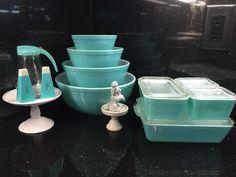 Vintage aqua Pyrex
