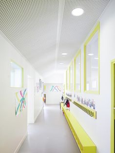 graal architecture, David Foessel · Nursery School Extension a Mantes-la-Ville Education Architecture, School Architecture, Interior Architecture, Kindergarten Interior, Kindergarten Design, School Entrance, School Hallways, Design Maternelle, Nursery School
