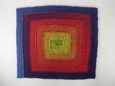 An Elizabeth Zimmermann inspired blanket worked in any yarn using only 10 stitches. You start in the centre and work in a sort of square spiral, joining as you go. No sewing up needed!