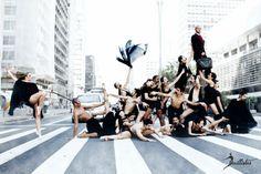 Série de fotografias mostra ballet pela cidade de São Paulo