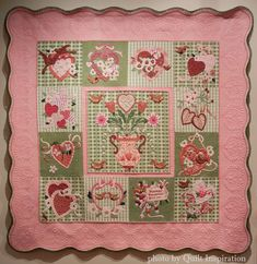 Vintage Valentines by Karin Crawford, quilted by Kathi Carter.  Best of Show.  2015 Springville quilt show.  Design by Verna Mosquera. Photo by Quilt Inspiration.