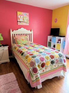 Beautiful blanket and room. AmandaJoi21's something pretty blanket on Ravelry…
