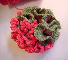 What Is Easier Knitting Or Crocheting? Crochet Cactus, Freeform Crochet, Crochet Art, Knit Or Crochet, Crochet Motif, Crochet Flowers, Crochet Toys, Crochet Poncho, Knitting Designs