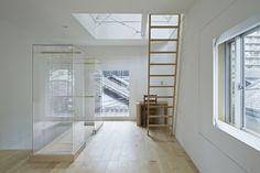 A House in Tsukishima / ICADA | Source