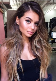 ❤️️ Pinterest: DEBORAHPRAHA ❤️️ Sofia Jamora beautiful long hair with texture and waves. I love the way they styled her hair here