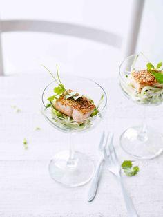 Venkelsalade met gebakken zalm in sesamkorstje - Libelle Lekker