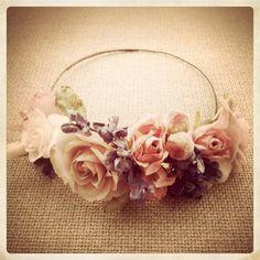 Tocados Le Touquet: Corona de flores vintage