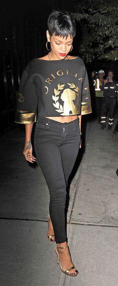 Rihanna Rihanna Out For Dinner In New York Rihanna. RiRi #Rihanna, #Riri, #pinsland, https://apps.facebook.com/yangutu