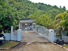 Jamaica Country, Cheap Houses For Sale, Acres For Sale, House Property, Luxurious Bedrooms, Interior And Exterior, Entrance, Home And Family, Yard