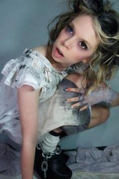 Grav3yardgirl's insane asylum costume