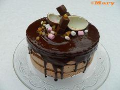 Nakukakku (Naked cake)