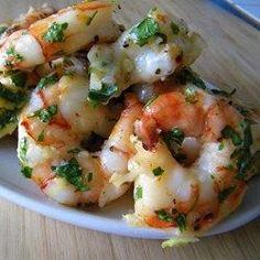 Essa receita é para quem adora camarão e alho. Aproveite!