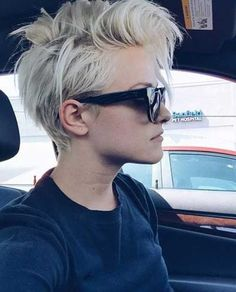 21.Cool Mohawk Pixie Cuts