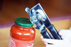 How to easily open a sealed jar lid...no muscles required!