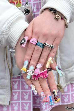 Pink Twin Tails, Barbie Nails, Joyrich, Bubbles & Chanel in Shibuya (Tokyo Fashion, 2015)