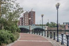 Belfast: Belfast: Albert Bridge