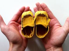 diy. little handmade baby moccasins.