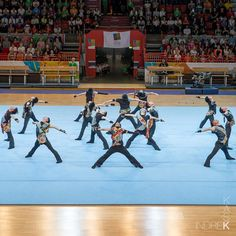 Moment from Japanese Evening @ Gymnaestrada. This was one of the best ever routine I have seen in gymnastics. It was just crazy how well polished the syncronizations were Gymnastics, Routine, Basketball Court, Wellness, Japanese, In This Moment, Sports, Instagram, Fitness
