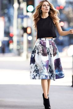 Discover and organize outfit ideas for your clothes. Decide your daily outfit with your wardrobe clothes, and discover the most inspiring personal style Look Fashion, Skirt Fashion, Spring Fashion, Womens Fashion, Fashion Trends, Fashion Black, Street Fashion, Fashion Sale, Fashion Outlet