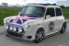 austin-mini-the-who.jpg :) - top 10 daily pins of… Mini Cooper Classic, Classic Mini, Classic Cars, Bmw M5, Union Jack, Mini Morris, Ac Schnitzer, Mini Copper, Morris Minor