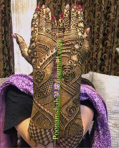 📌 hajra:::: henna design,, back hand mahendi arts👍 Engagement Mehndi Designs, Wedding Henna Designs, Latest Bridal Mehndi Designs, Indian Mehndi Designs, Stylish Mehndi Designs, Dubai Mehendi Designs, Indian Mehendi, Khafif Mehndi Design, Mehndi Design Pictures