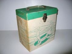ROCKTOBER SALE Vintage 1960s Record Case 45s by JustCoolRecords, $32.30 -- Card box