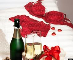 #valentinesday #champagne #lingerie #sexy