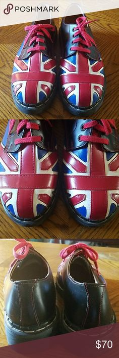 DR. Martens sz 9 british flag union jack shoes These are used / worn DR. Martens hightop lace up boots. They are a US size 9, UK size 7, and have minor scuffing, and barely noticeable creasing at the front from use over time. Dr. Martens Shoes Flats & Loafers