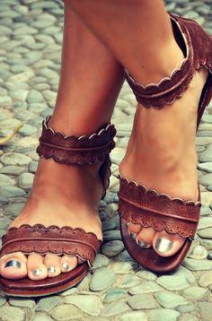 Très jolie sandale d'été marron : Chaussures par aditaya-jewelrys