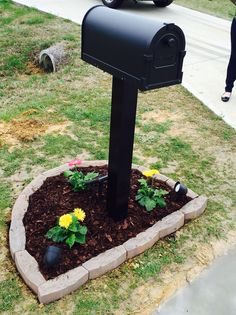 Simple mailbox landscape idea. All materials from Lowes. #MailboxLandscape