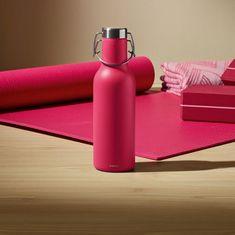 Sklenená termo fľaša na vodu nie je zrovna najtrvácnejšie riešenie pre váš náročný deň. A ak sa aj vy chcete správať ekologicky, riešením nie je ani plastová fľaša. Fľaša na vodu či čaj musí byť predovšetkým pevná, odolná, hygienická, s jednuduchým uzatváraním. A v ideálnom prípade aj krásna.. Flask, Water Bottle, Lifestyle, Drinks, Vintage, Drinking, Beverages, Water Bottles, Drink
