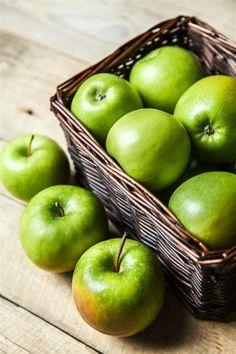 ภเгคк ค๓๏ Fruit And Veg, Fruits And Vegetables, Fresh Fruit, Apple Picture, Fruit Picture, Apple Decorations, Fruit Photography, Photography Photos, Apple Harvest