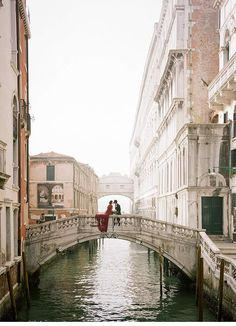 Magical Venice Shoot by Koby Brown - Archetype Studio - Hochzeitsguide