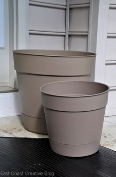 plastic pots spray painted
