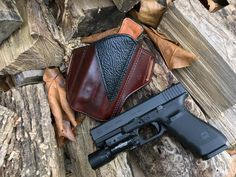 Nightingale Leather Glock 20 Osprey OWB Holster for the SureFire X300 Ultra ~ Black Shark Renforcement Panel ~ Mahogany Cowhide ~ Full Grain Leather Lining ~ Natural White Stitching