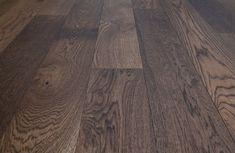 #homeimprovementideas #reclaimedwoodwall #reclaimed #steel #industrialdecor #woodworkingskills #woodworker #woodworkers #rusticdecor #rusticdecortips #barnwood #reclaimedfurniture #carpentry #industrialfurniture #oldwoodworkingtools #upcycle #furnituredesignideas #farmhouseideas Real Wood Floors, Oak Hardwood Flooring, Reclaimed Furniture, Industrial Furniture, Repurposed Wood, Woodworking Skills, Wood Pieces, White Oak, Wood Design