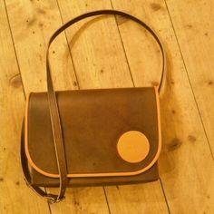 "Handtasche ""Reinhilde"" #bags #fashion #lederware Saddle Bags, Leather, Handbags"