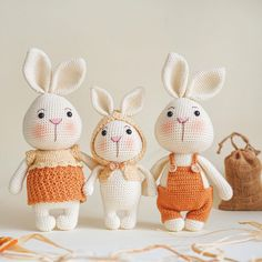 Crochet Bunny, Crochet Dolls, Bunny Toys, Ups And Downs, Stuffed Toys Patterns, Cool Toys, Pet Toys, Carrot, Free Pattern