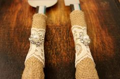 Wedding Cake Server and Knife, Burlap and Lace Wedding Cake Cutter, Western wedding cake cutter, Ivory lace and ribbon, Burlap wedding decor Burlap Wedding Decorations, Wedding Burlap, Lace Wedding, Rustic Wedding, Wedding Ideas, Diy Wedding, Wedding Reception, Wedding Photos, Western Wedding Cakes