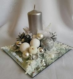 Christmas Candle Decorations, Christmas Flower Arrangements, Christmas Candles, Simple Christmas, Christmas Wreaths, Christmas Crafts, Wedding, Christmas Decoration Crafts, Diy Christmas Decorations