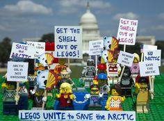 TOUCH this image: LEGO, je čas říct Shellu NE od Greenpeace Czech