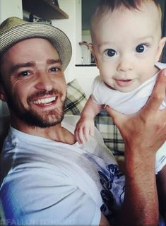 Justin Timberlake Shares New Pics of Himself and Jessica Biel With Silas, Reveals Their Baby Boy's First Word! | E! Online Mobile