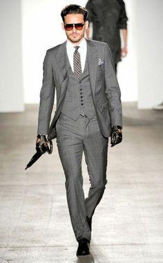 Englischer Anzug - klassische Eleganz für modebewusste Männer