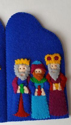 Nativity triptych DIY felt kit by OwlsCityCreations on Etsy Christmas Arts And Crafts, Felt Christmas Ornaments, Christmas Nativity, Christmas Decorations, Felt Diy, Felt Crafts, Crafts To Make, Birth Of Jesus Christ, Baby Jesus