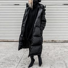 Product ID gender Female season autumn,winter Material Polyester Pattern type Solid color Sleeve Length Long sleeve style Stylish simplicity Top collar Wearing a collar design zipper Dress occasion daily Size S M L XL Length (inch) Bust (inch) Shoulder w Long Puffer Coat, Black Puffer, Fall Winter Outfits, Winter Fashion, Mode Outfits, Fashion Outfits, Looks Style, Wearing Black, Winter Jackets