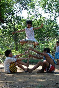 Larong Pinoy Series #02: Luksong Tinik