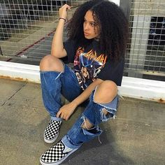lockiges Haar zerrissene Jeans und Vans Bild 2019 - lockiges Haar zerrissene Jeans und Vans Bild 2019 Source by - Skater Outfits, Tomboy Outfits, Cute Casual Outfits, Dope Outfits, Retro Outfits, Grunge Outfits, Vintage Outfits, Fashion Outfits, Skater Dresses