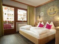 Bed, Furniture, Home Decor, Nice Asses, Stream Bed, Interior Design, Home Interior Design, Beds, Arredamento