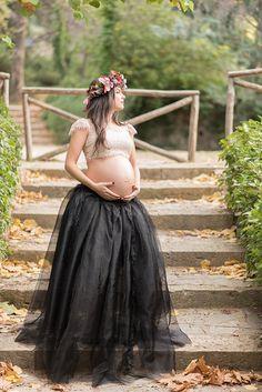 Stylish φωτογραφηση εγκυμοσυνης στην Αθηνα - EverAfter Stylish Maternity, Maternity Session, Cute Photos, Tulle, Flower Girl Dresses, Baking, Wedding Dresses, Unique, Skirts